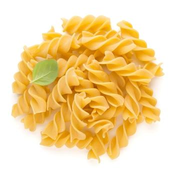 Penne de pasta cruda sin cocer