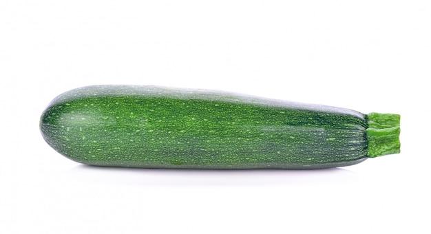 Pepino de calabacín aislado