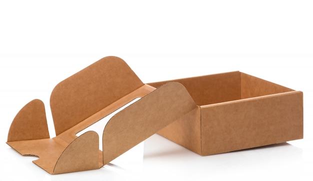 Pequeña caja de cartón