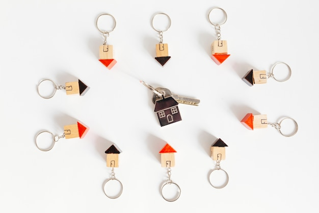 Pequeña llave en casas de madera chucherías