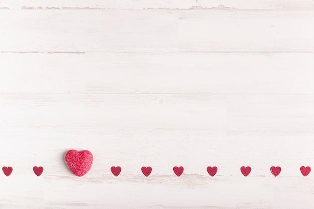 Pequeños corazones lindos con espacio de copia