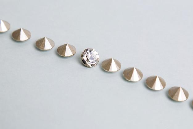 Pequeños pedazos de diamantes