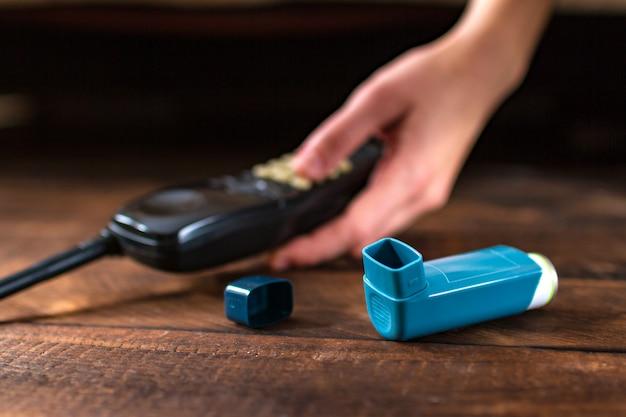 Una persona asmática cayó inconsciente durante un ataque de asma.