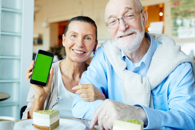 Personas mayores móviles