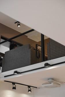Perspectiva de ángulo bajo de la sala de espera
