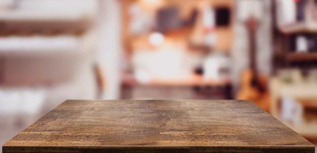 Perspectiva de la mesa de madera de contador en la oficina en casa