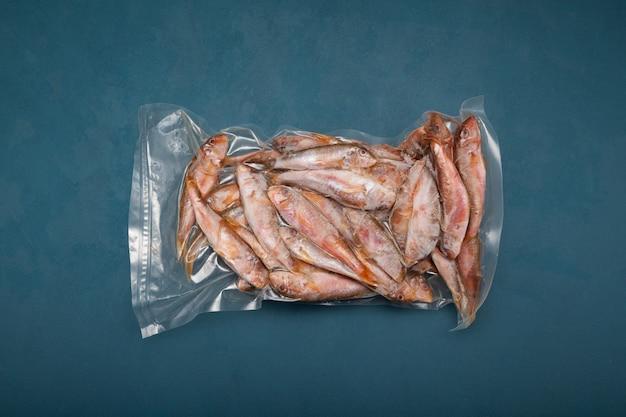 Pescado congelado mullus barbatus salmonete en pack