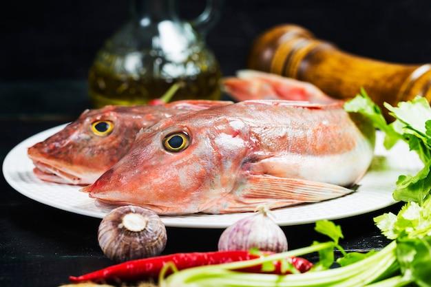 Pescado de gurnard rojo