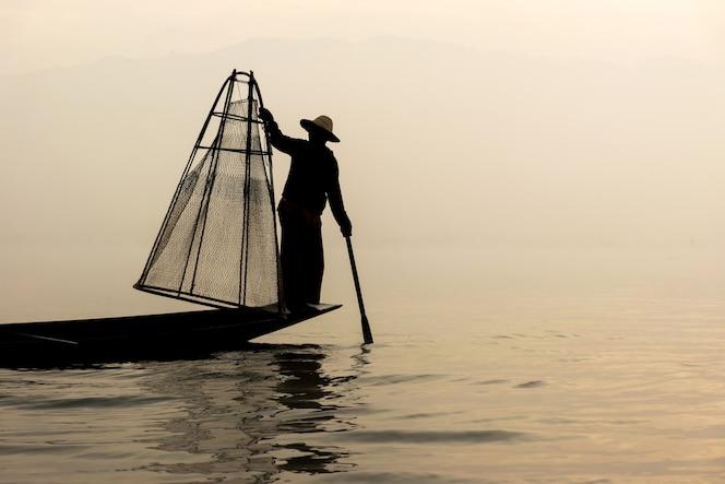 Pescador, lago inle, myanmar