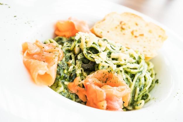 Pesto de espagueti