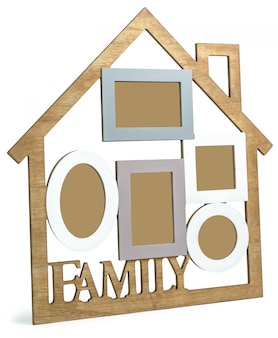 Photo frame house consta de cinco marcos y el texto familia.