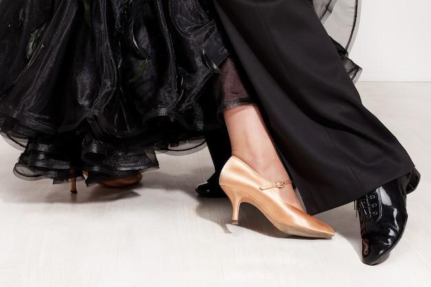 Piernas de bailarines