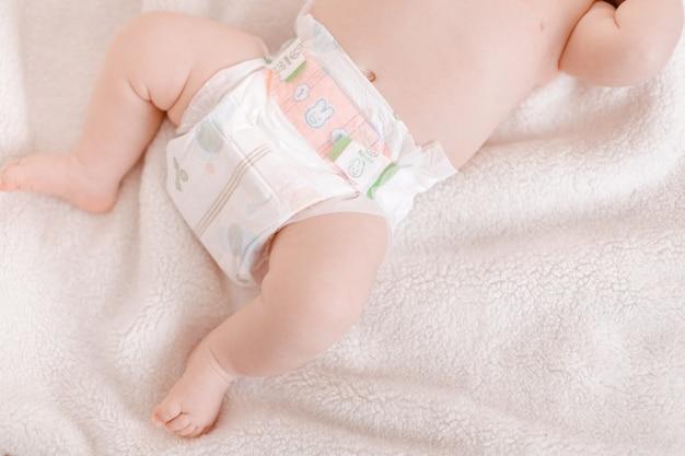 Pies de bebé recién nacido