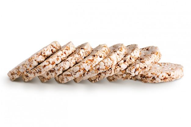 Pila de pan crujiente de grano