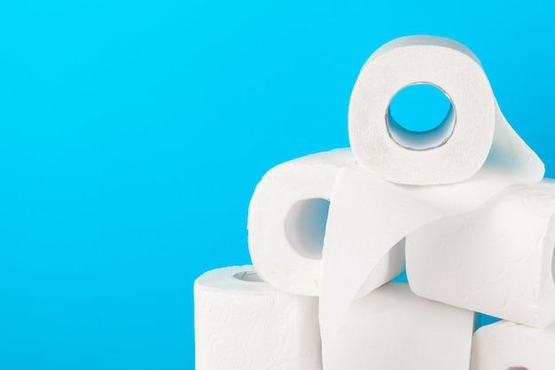 Pila de papel higiénico