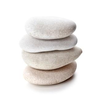 Pila de piedras grises