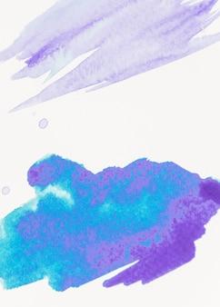 Pincelada de pintura azul abstracta sobre lienzo