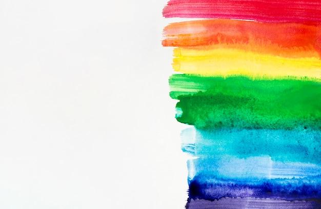 Pinceladas de acuarela con los colores del arcoiris