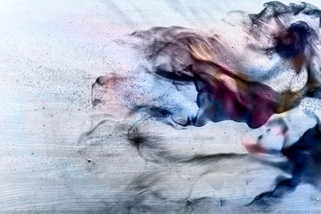 Pintura abstracta sobre lienzo.