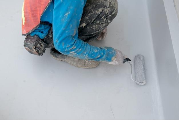 Pintura epoxi en el piso de concreto para el almacén industrial de protección a prueba de agua en japón