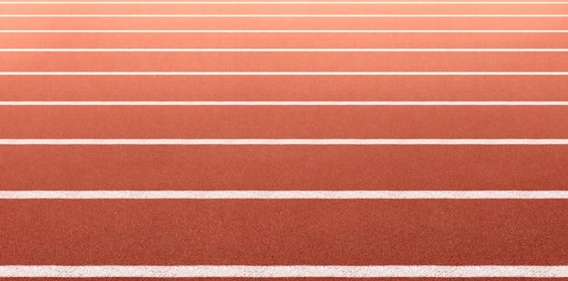 Pista de atletismo. vista lateral y ángulo de primer plano.