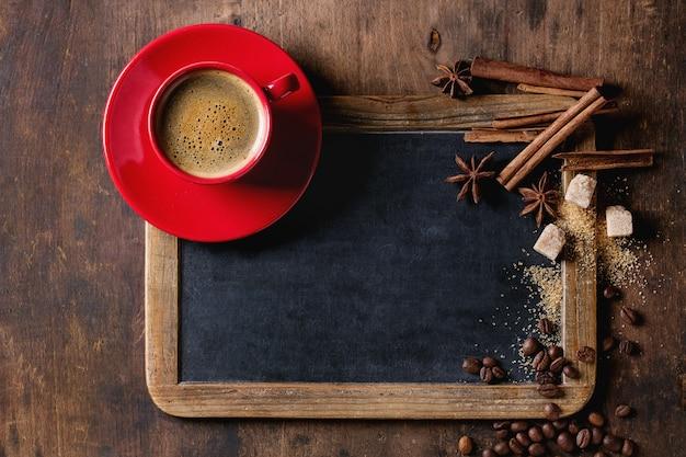 Pizarra y café