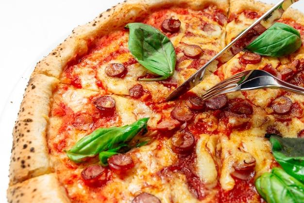 Pizza caliente con queso