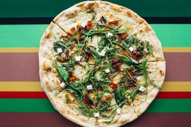 Pizza sabrosa con queso
