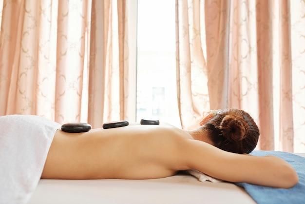 Placer de masaje con piedras
