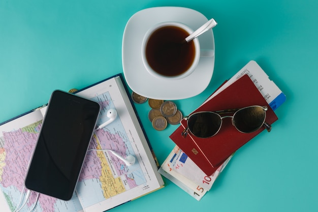 Planeo de viaje para pareja