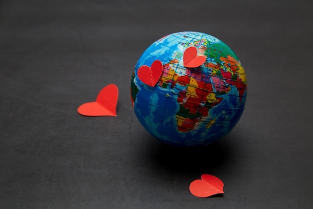 Planeta del concepto de amor del día de san valentín.