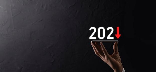 Planifique el crecimiento negativo del negocio en el concepto del año 2021. el plan de empresario y el aumento de los indicadores negativos en su negocio, disminuyen los conceptos de negocio.