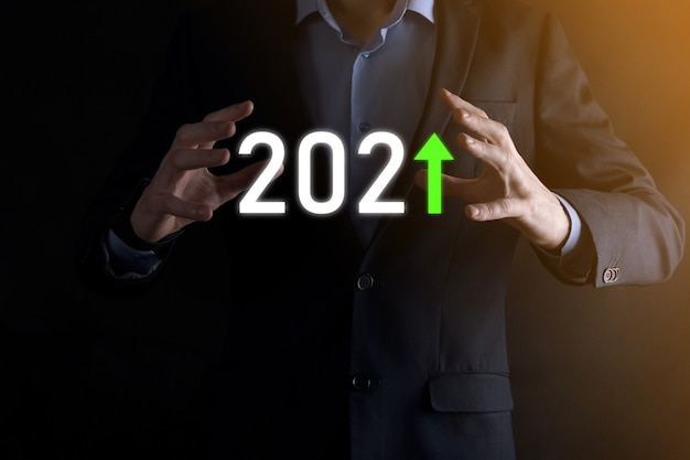 Planifique el crecimiento positivo del negocio en el concepto del año 2021.
