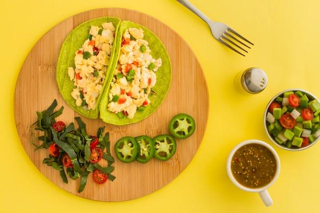 Plano pone delicioso taco vegetariano