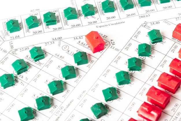 Plano de vista superior de calles con casas