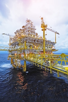 Plataforma de plataforma de gas de petróleo en alta mar