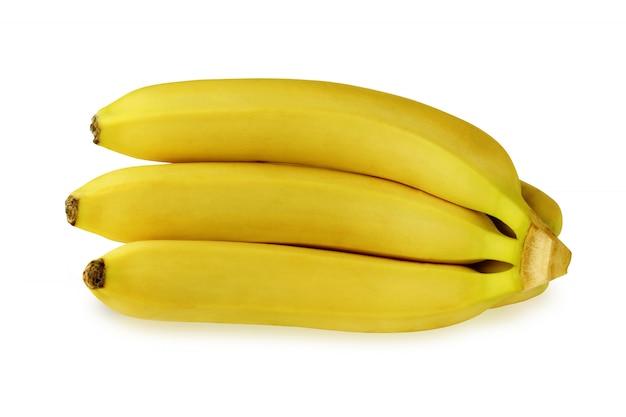 Plátanos maduros aislados sobre fondo blanco.