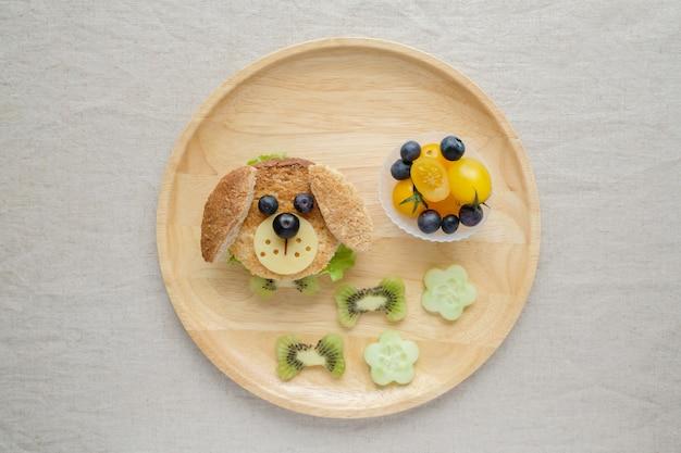 Plato de almuerzo para perros, arte de comida divertida para niños