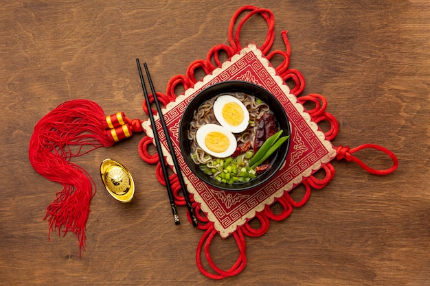Plato de año nuevo chino de vista superior