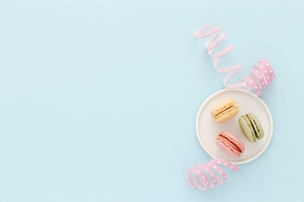 Plato con macarons