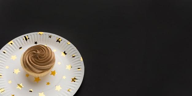 Plato con pastel