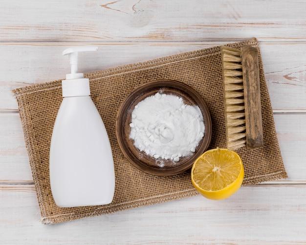 Platos limpiadores de jabón ecológico