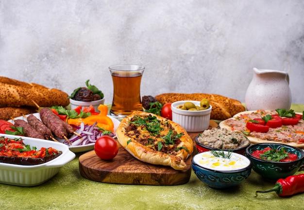 Platos tradicionales turcos o del medio oriente