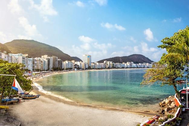 Playa de copacabana en rio de janeiro, brasil
