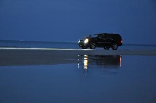 Playa por la noche - la playa de jumeirah (dubai)
