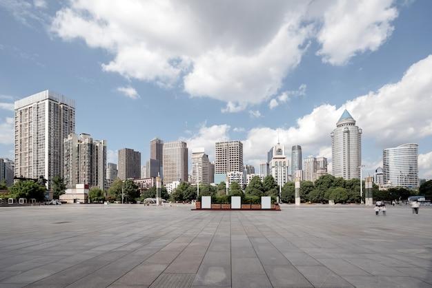 La plaza de la fortificación es un edificio emblemático en guiyang