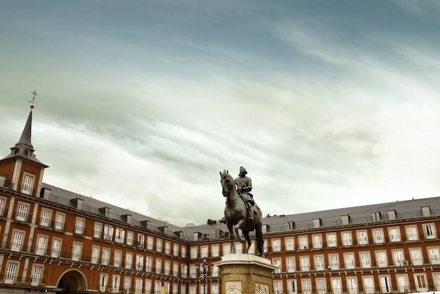 Plaza mayor en madrid, españa