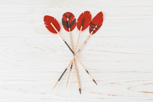 Plumas decorativas en varitas