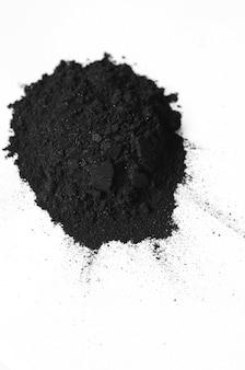 Polvo de carbón activado