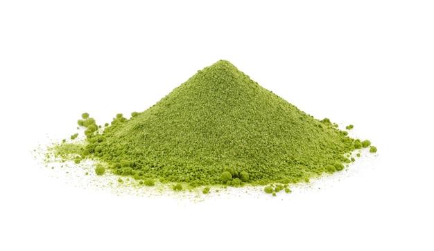 Polvo de té verde aislado